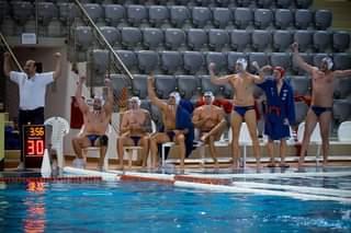 Lehet, hogy egy kép erről: 6 ember és medence